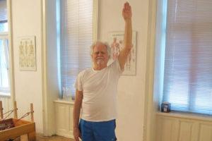 Antischwerkraft Fuß Explorationsübung Pilates Körperbewusstheitstraining therapeutische Übungen Trainingsoptimierung Zentralnervensystem Rückenmuskulatur Beckenausrichtung Fußgründung