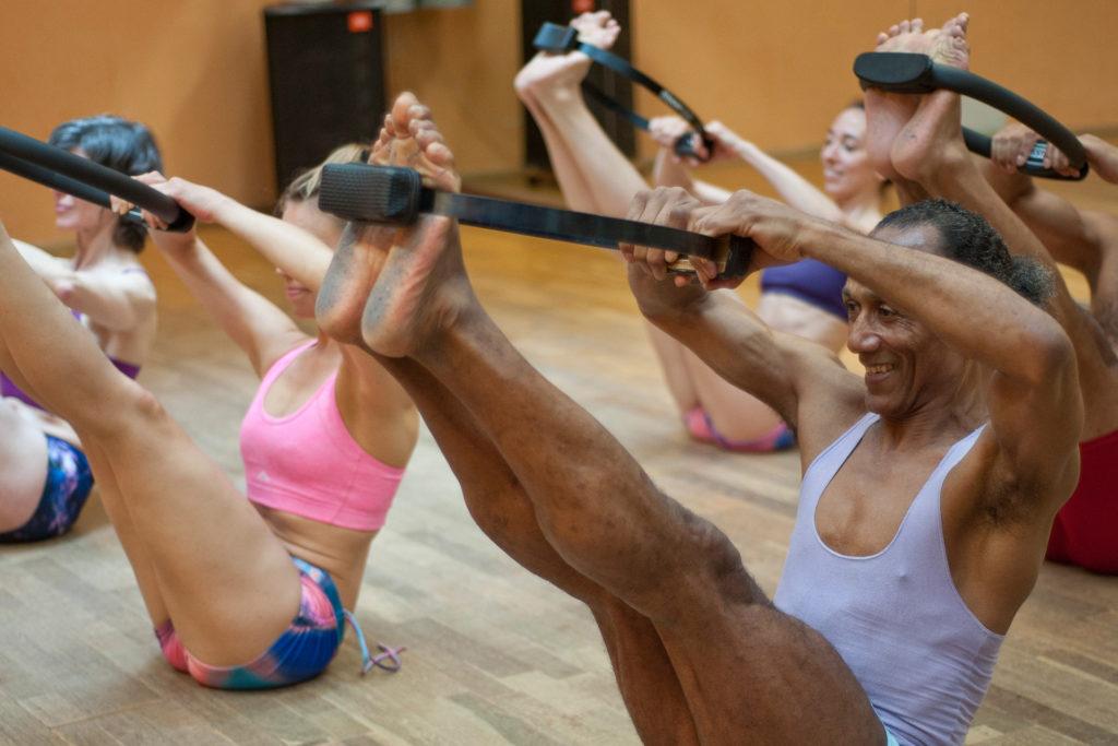 Pilates Trainingsoptimierung differenzierte Bewegung Corona Virus Immunsystem stärken Achtsamkeit besserer Schlaf Covid-19 Präventionsmaßnahmen