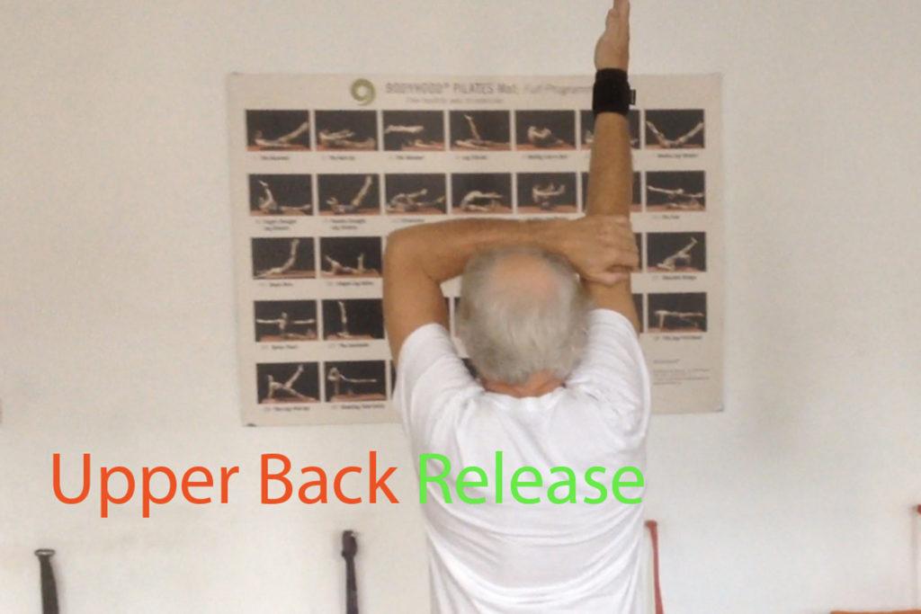 Brustwirbelsäule entspannen Lendenwirbelsäule entlasten Pilates Körperbewusstheitstraining therapeutische Übungen Achtsamkeit Trainingsoptimierung